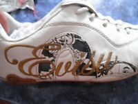 rare Evisu trainers for men, white, size 8