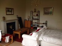 Large Private Bedroom Available in Central Edinburgh from NOW - 6th September