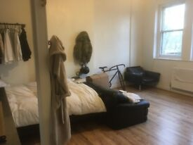 Room for Rent 3 months short term,