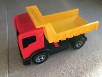 Yellow and red truck with manual lifting back section fab condition