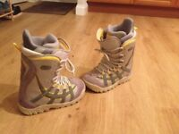 Burton Snowboard boots - Used but good condition women's.