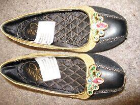 Disney Store Deluxe Frozen Princess Anna Shoes Size 11-12
