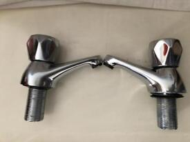 Used tap set for bathroom in Excellent condition