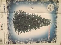 4ft artificial Christmas tree & decorations