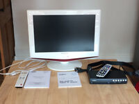 White Samsung 19inch LCD TV, Freeview box and cables