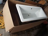 Freestanding bath with chrome legs