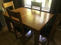 California Dining Table and Chairs