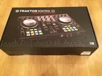 TRAKTOR KONTROL S2 ; 2 channel all-in-one DJ system