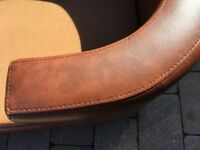 Leather look medium sized dog bed in good condition