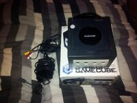 NINTENDO GAMECUBE BOXED + MARIO PARTY 4 LOOSE + POWER AND A/V CABLES