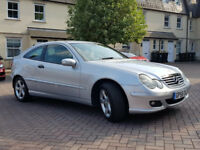 MERCEDES BENZ C CLASS COUPE 06 DIESEL 2.2 Leather automatic