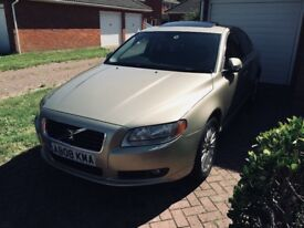 Volvo S80 2.4D full with extras.