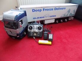 TAMIYA MERCEDES ACTROS RC LORRY WITH TRAILER AND MORE