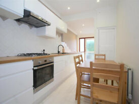 Profesional house share,double room in Tottenham*** London