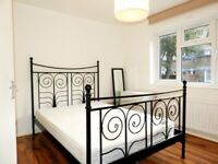 Spacious 4 Bedroom Flat in SW9 with Private Garden