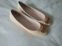 Ted Baker Ladies Shoes size 6 Soft Pink