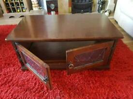 Tv cabinet, good condition.
