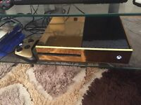 Xbox one 500GB gold with controller