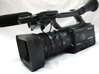 SONY HVR-Z7E HDV/MiniDV CAMCORDER OUTFIT inc MRC1K LOW HOURS (PAL)