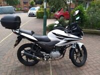 Honda CBF125 White good condition with Crash bar