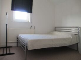 2 x DOUBLE ROOMS IN SHARED HOUSE SN2 2EW £400/ 450pcm ALL INCLUSIVE
