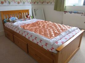 Single bed frame (pine) with 3 storage drawers