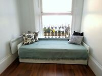 *BEAUTIFUL STUDIO FLAT WITH BALCONY* - NOTTING HILL - ZONE 1 - MOVE IN NOW - BILLS INC