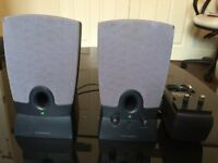 HARMAN/KARDAN POWERED COMPUTER LAPTOP SPEAKERS, NATURAL QUALITY SOUND, EXCELLENT WORKING CONDITION.