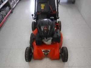 Ariens Law Mower. We Buy and Sell Used Home Outdoor Equipment. 116002*