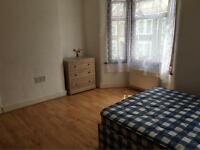 Beautiful Double Room Near Leyton Station