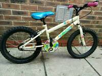 Childs bike £5
