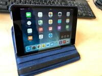 iPad Mini 2, 16GB, Retina Display, Wifi Only, -- Excellent Condition -- Free case