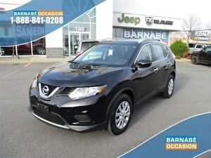 2015 Nissan Rogue S..20734km