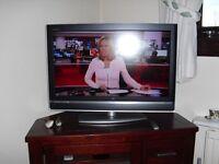 """SONY"" Bravia, 32 inch TV."