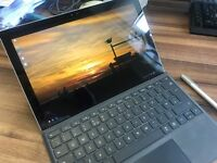 Surface Pro 4 + keyboard + pen + 128gb MicroSD