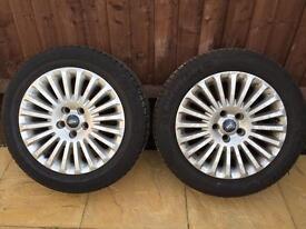 X4 Ford Focus titanium alloys and part worn tyres