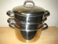 Stainless steel 3 part steamer with lid.