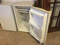 Daewoo under counter fridge with freezer compartment