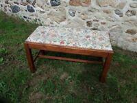 Duet piano stool