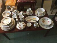 Royal Worcester Evesham large china collection
