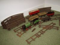 Hornby 'O' Gauge Clockwork Train Set