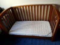 Mamas and papas Cot bed completw with mattress