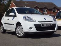 2010 Renault Clio 1.5 dCi Expression 5dr iPOD + £30 TAX + FULL MOT not ford fiesta vauxhall corsa