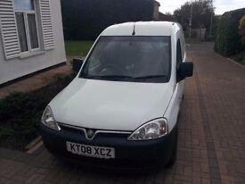 Vauxhall combo 1.7 CDTI crew van, 9 months MOT no advisories, cam belt just been changed, 2500 ono