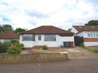 4 bedroom house in Greenfield Avenue, , Watford