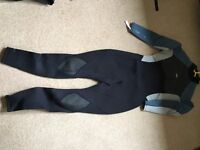 Ladies Gul wetsuit size 14 used once