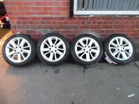 "17"" ORIGINAL RENAULT ALLOY WHEELS AND TYRES SET OF 4."