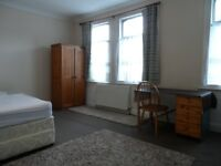 **DOUBLE ROOM** WEST EALING** INC ALL BILLS**