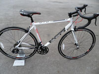 Avenir Perform Road Racing Bike Brand New Ex Display Sti Gearing Fully Set Up Located Bridgend Area