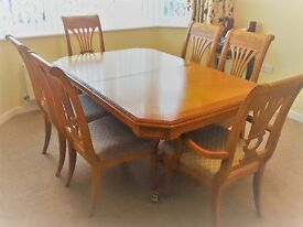Ornate Maple Dining Room Table & Upholstered Chairs - Seats 6 or 8, extending